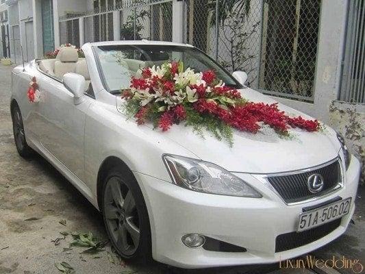 Cho thuê xe cưới - Lexus IS250