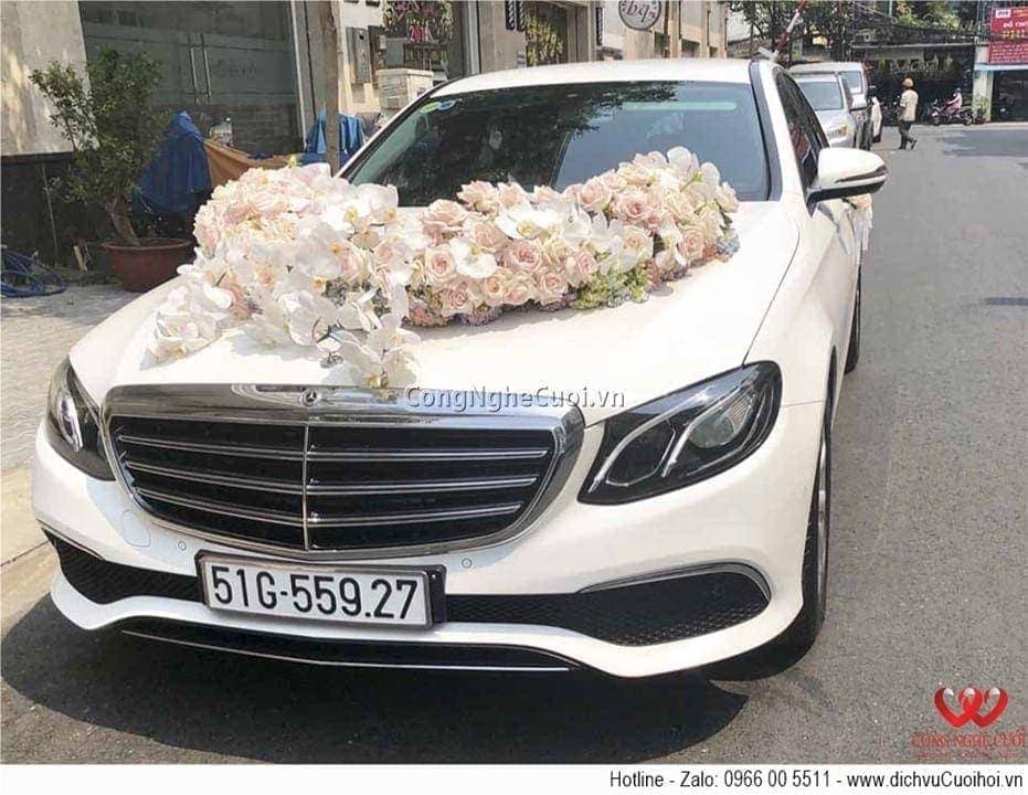 Cho thuê xe cưới - Mecedes C250