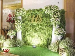 Trang trí backdrop chụp ảnh tiệc cưới