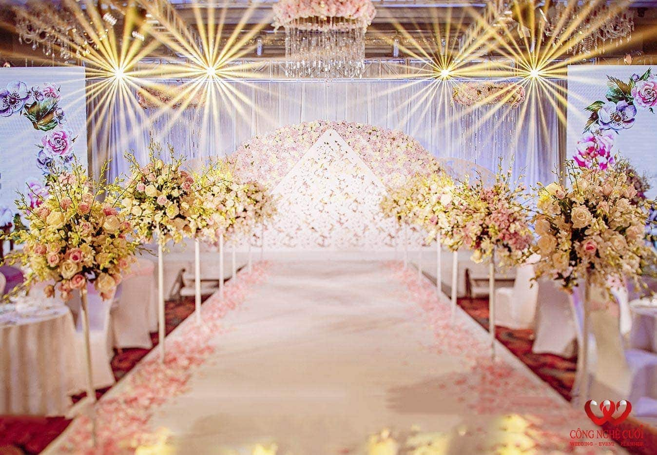 Hoa lối đi đám cưới đẹp