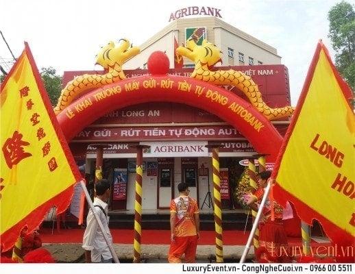 Tổ chức sự kiện khai trương hệ thống máy ATM auto của Agribank Long An