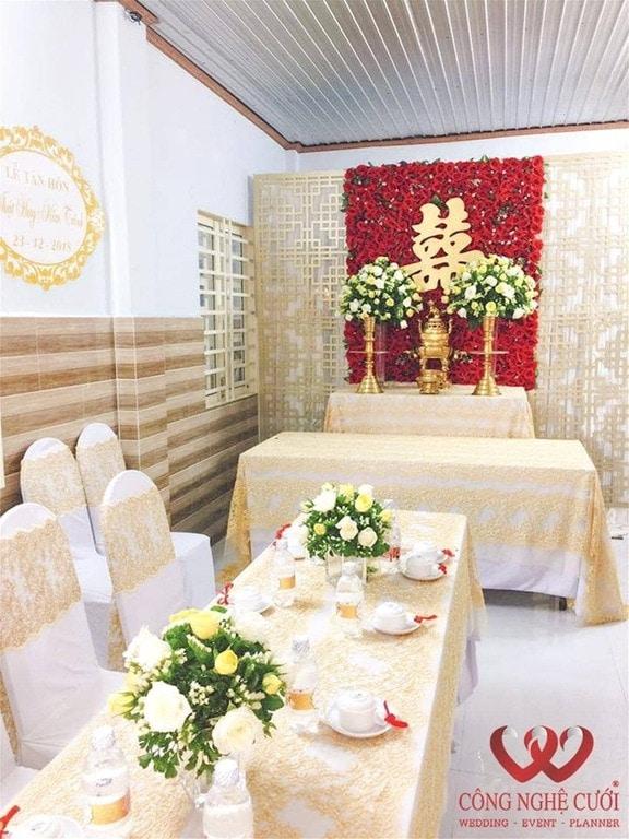 Trang trí đám cưới tại nhà