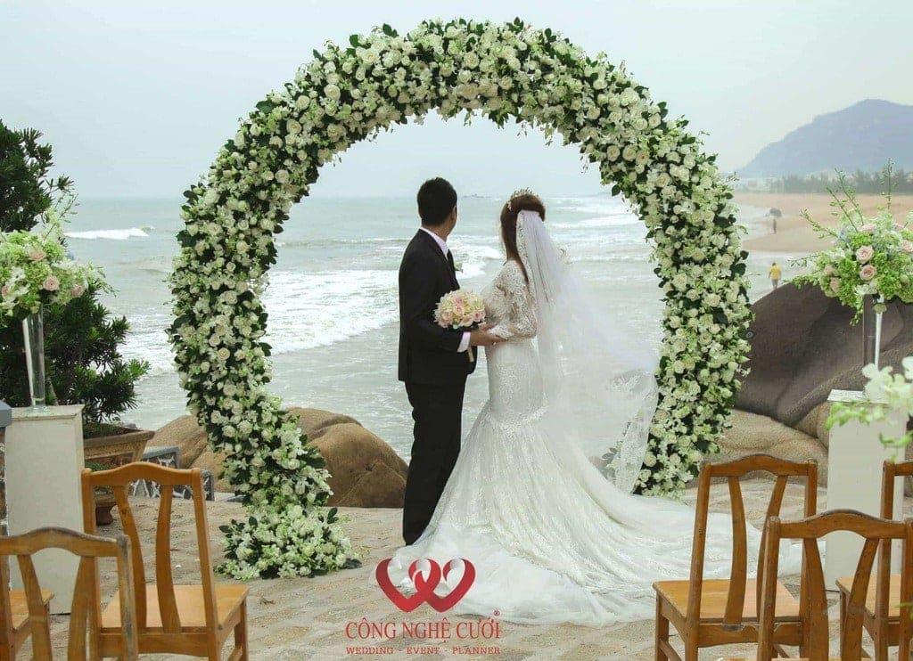 Lễ cưới tại bãi biễn Long Hải
