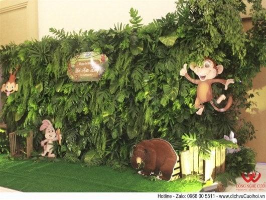 Trang trí tổ chức sinh nhật bé trọn gói với chủ đề Safari