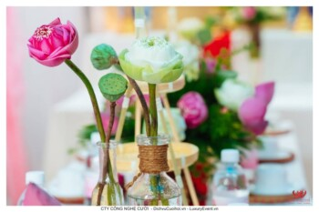 Trang trí lễ gia tiên hoa sen đám cưới