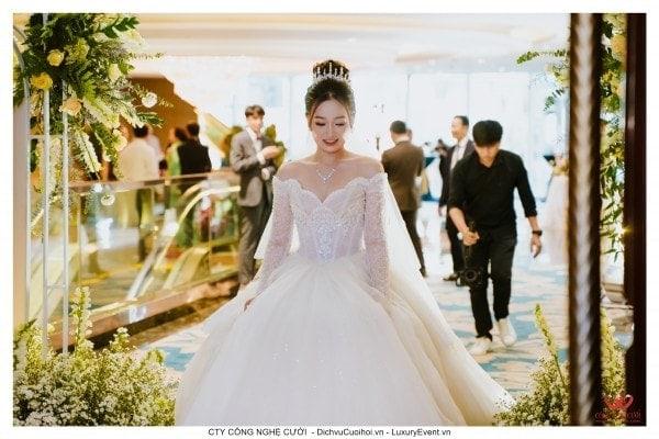 Trang trí tiệc cưới tại The Reverie Saigon