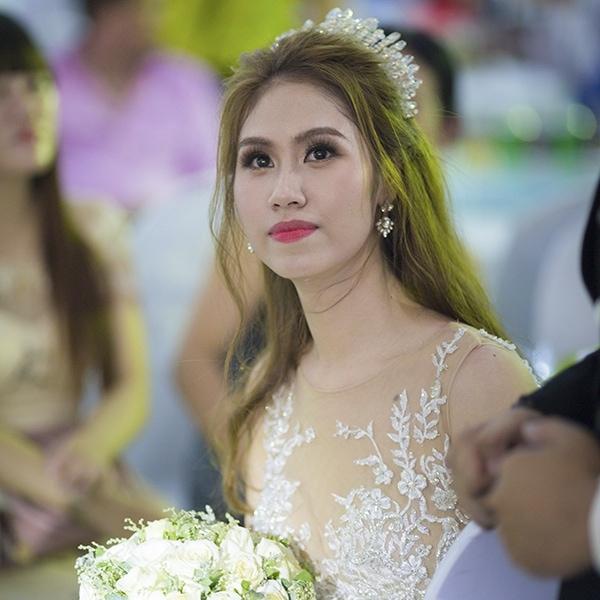 Khách hàng dịch vụ cưới Công Nghệ