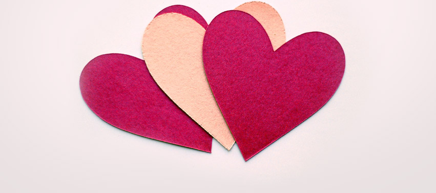Giấy cắt hình trái tim