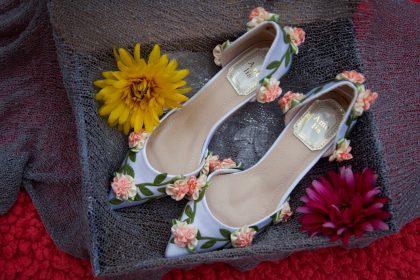 Giày đính hoa 3D