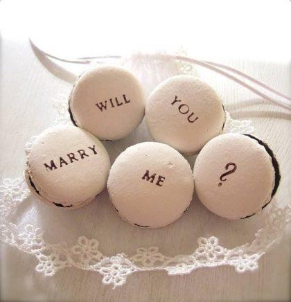 Lời cầu hôn ngọt ngào với bánh