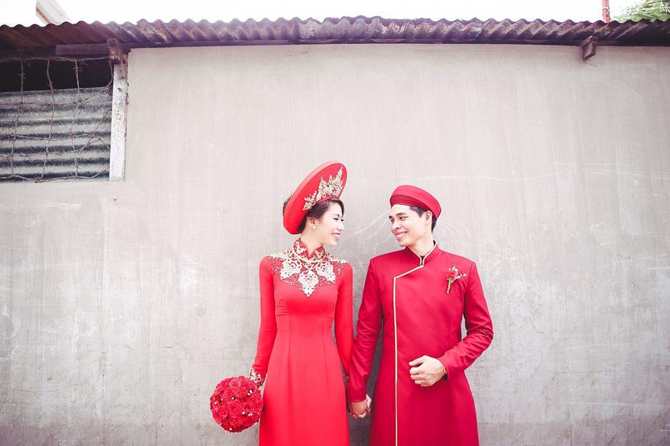 Trang phục áo dài truyền thống