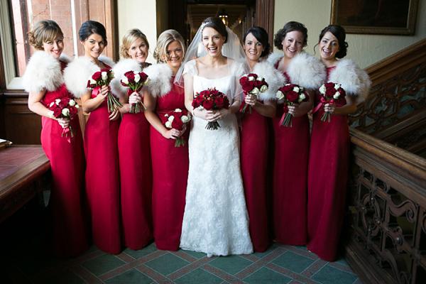 Bộ váy phụ dâu màu đỏ