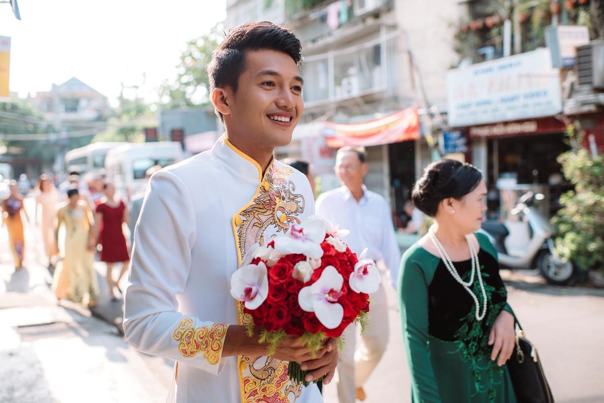 Nhiều vùng miền vẫn còn giữ phong tục cô dâu chú rể không gặp nhau trước ngày lễ rước dâu