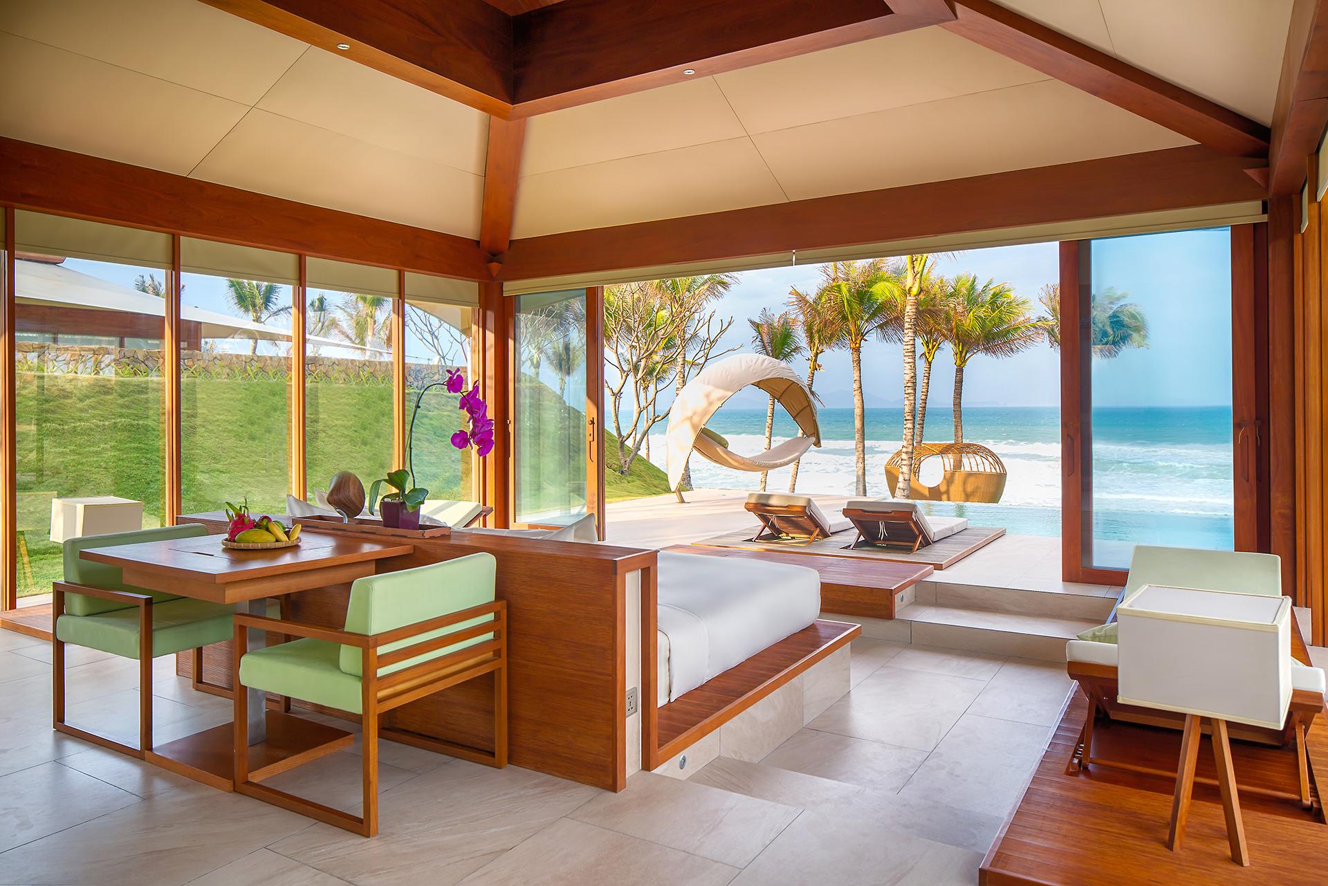 Phòng nghỉ với góc nhìn rộng hướng ra biển