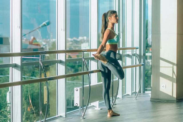 Tập thể dục giảm cân với bài tập Barre