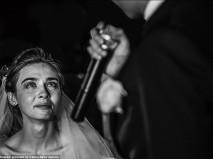 Những bức ảnh cưới độc đáo, xúc động nhất thế giới 2014