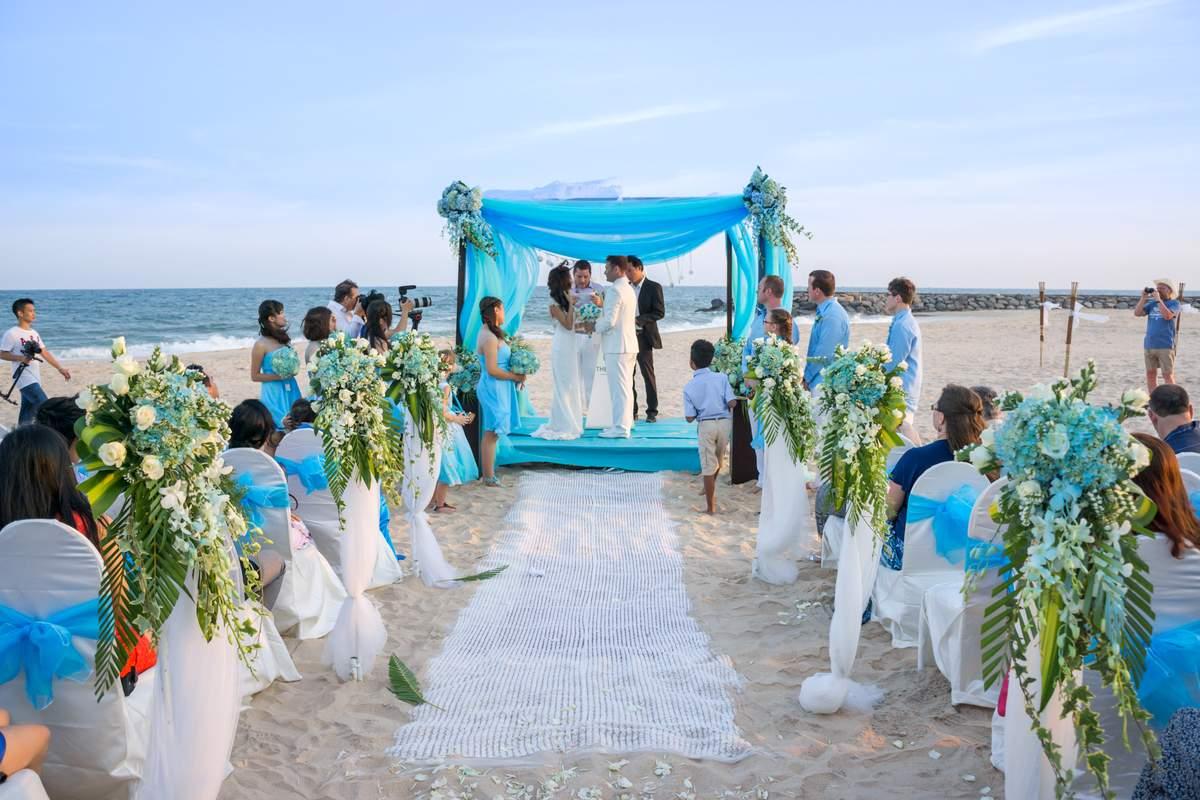 Đám cưới bãi biển 2