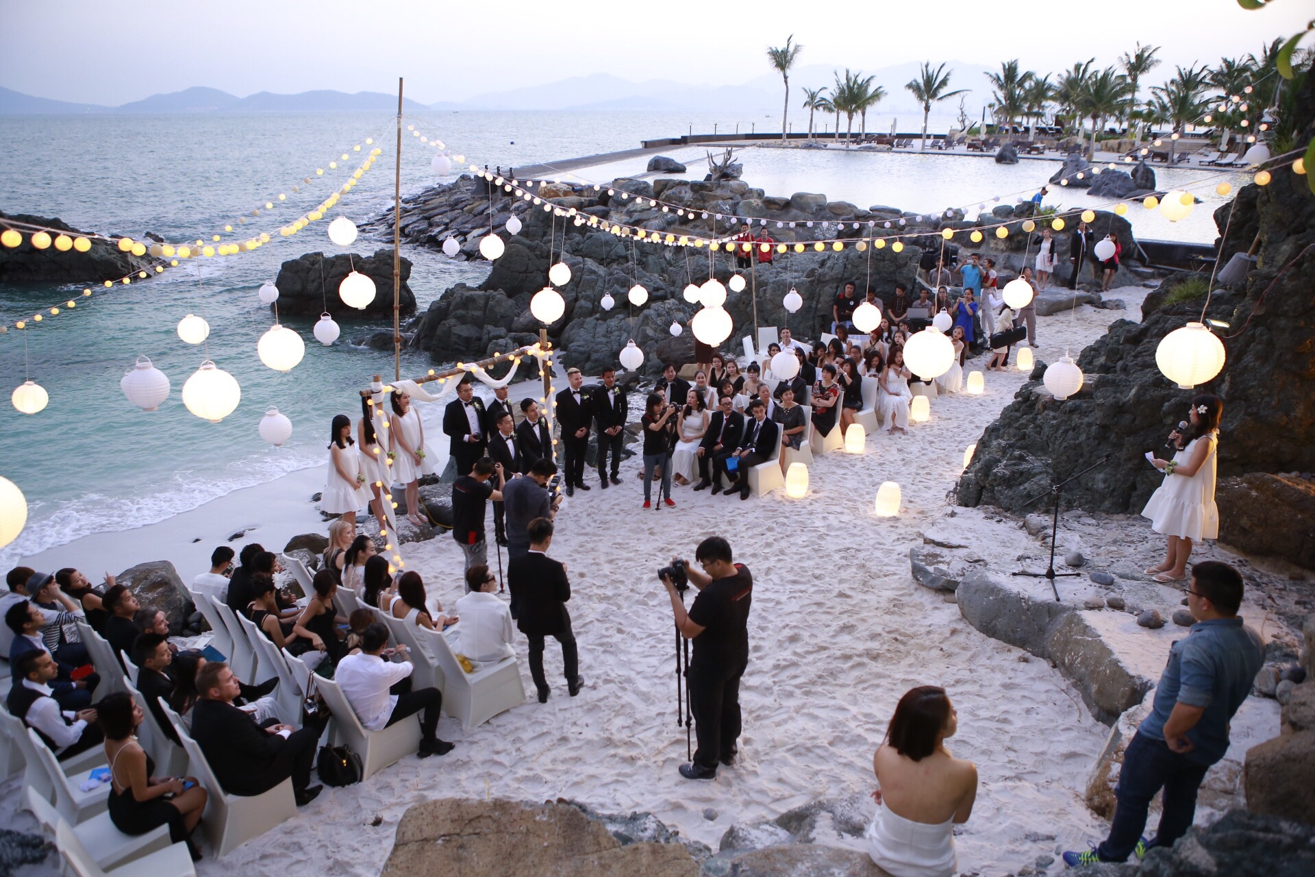 Đám cưới bãi biển