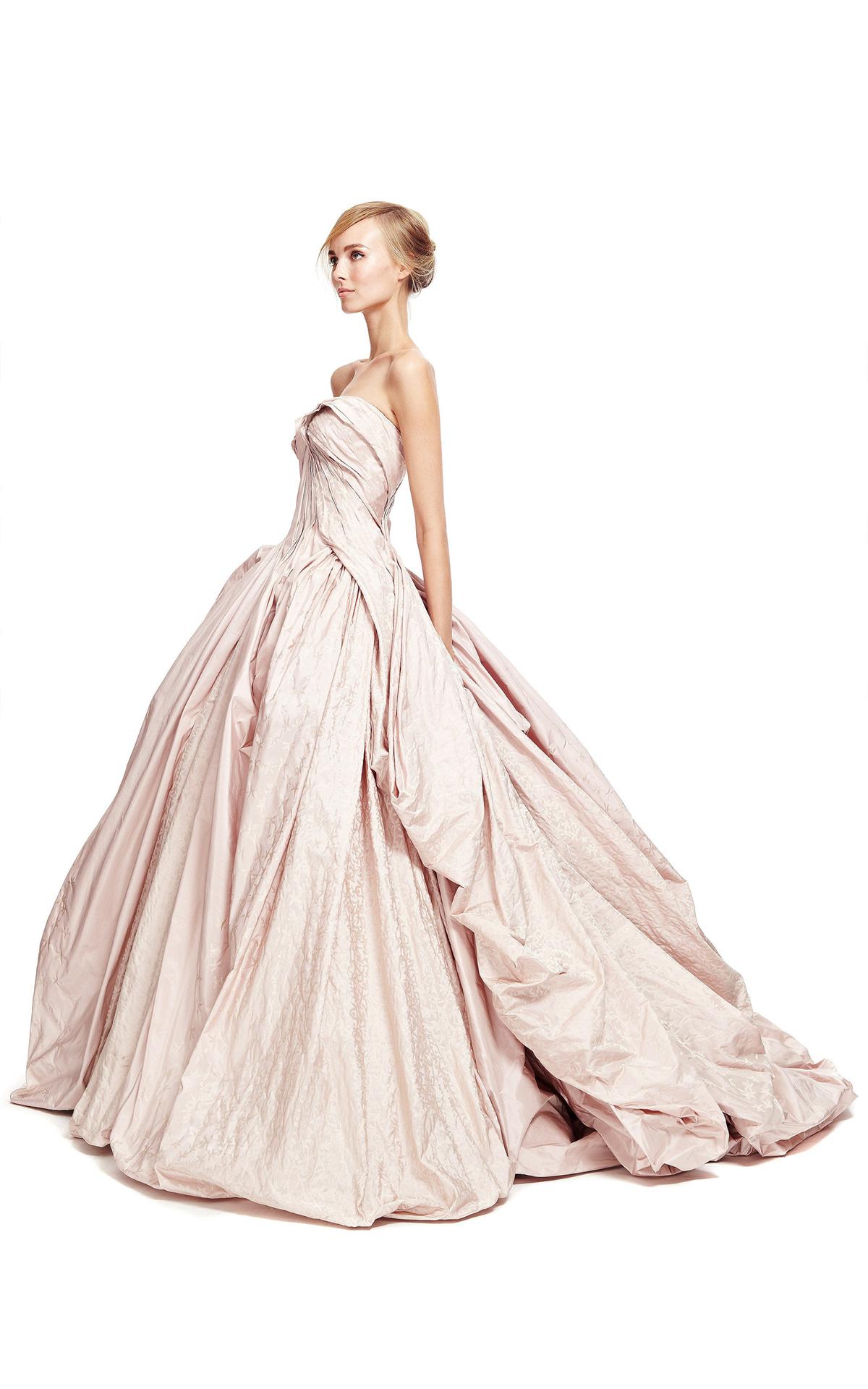 May váy cưới: Vải Tafeta