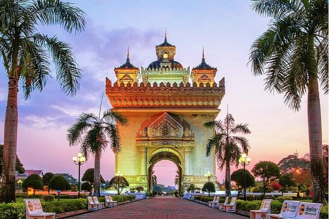 Sự độc đáo giữa nền văn hóa phương Tây và nền văn hóa đặ trưng Lào.
