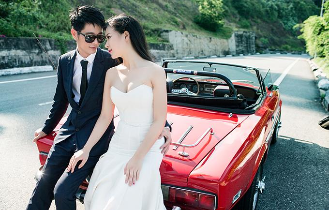 Lễ cưới diễn ra ngày 29/6 vừa qua ở Đông Anh, Hà Nội đã khiến cộng đồng mạng xôn xao với chi phí hơn 10 tỷ và độ chịu chơi hiếm có của cô dâu chú rể.