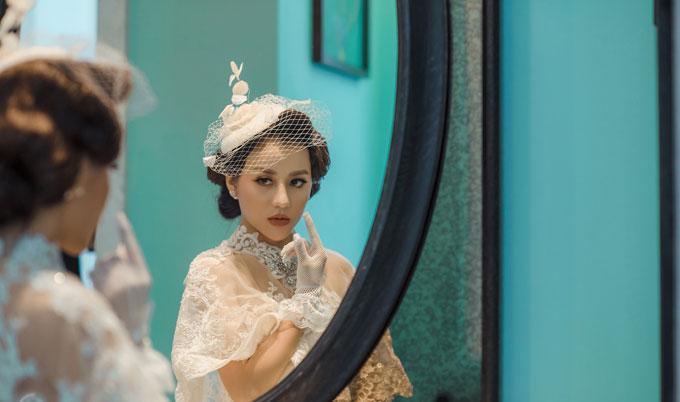 Riêng việc chụp ảnh cưới, Huyền Dung cảm thấy khó khăn hơn cả chính là lựa chọn chủ đề, phong cách chụp ảnh lúc đầu; sau đó là tới chuẩn bị trang phục.